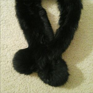 Accessories - Fur scarf
